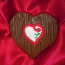 Petite Sponge Candy Heart covered in milk chocolate & decorated