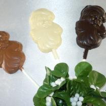 Chocolate Santa Pops with Mistletoe