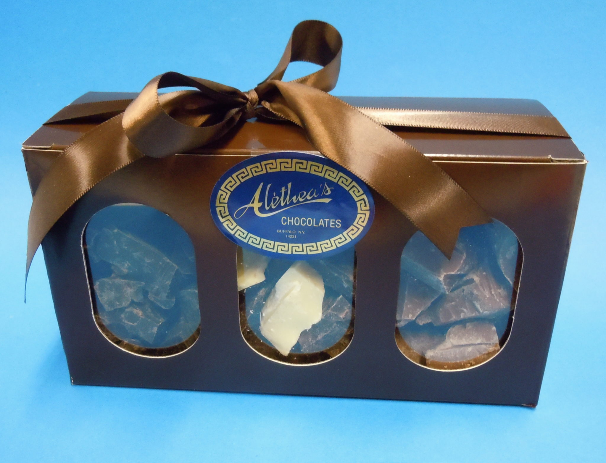 Lovely gift Box of pure gourmet chocolate varieties.