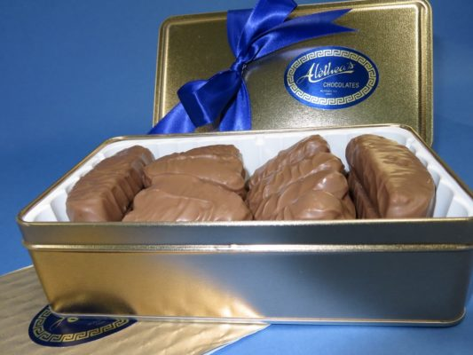 Decorated Gold tin filled with gourmet Chocolate butter cookies